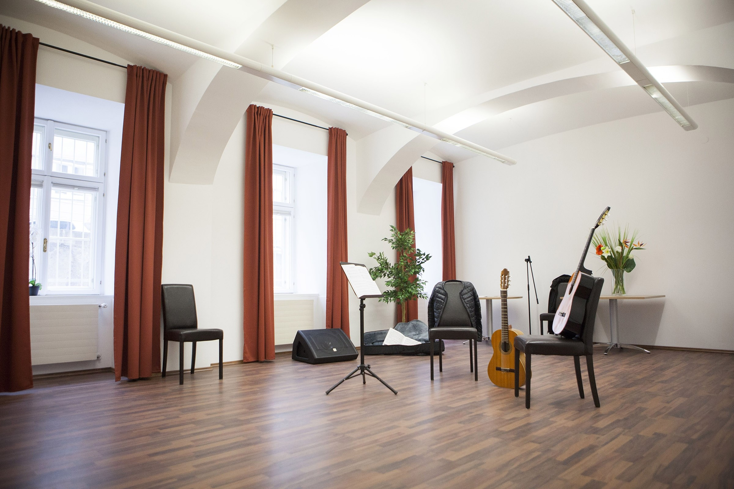Vimac Music Lessons Practice Rooms And Concert Hall For Rent